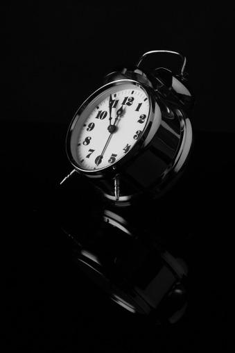 alarm-clock-565645_960_720