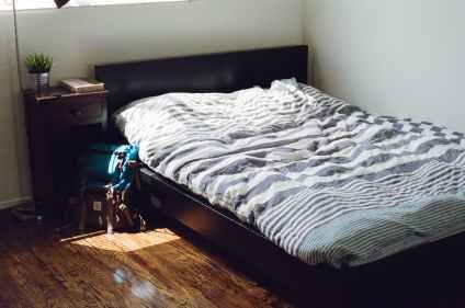 bed-bedroom-room-furniture.jpg