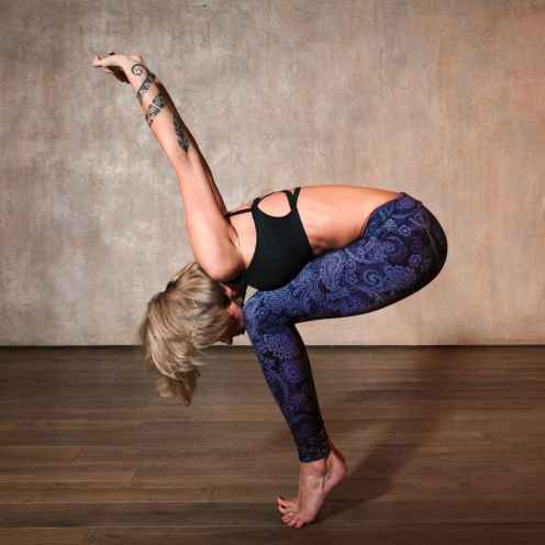 body stretching yoga beauty